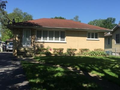 Midlothian IL Single Family Home For Sale: $159,900