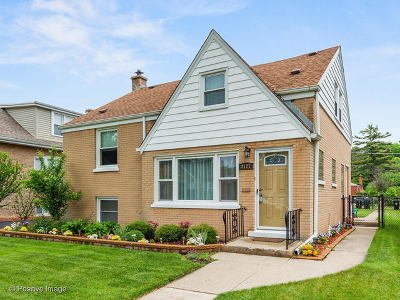 Brookfield Single Family Home For Sale: 3127 Vernon Avenue