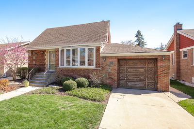 Oak Lawn Single Family Home Price Change: 4625 West 98th Place