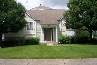 Aurora Condo/Townhouse For Sale: 1860 Middlebury Drive