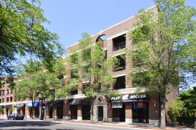 Condo/Townhouse For Sale: 4717 North Clark Street #3N