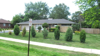 Roselle Single Family Home For Sale: 23w760 Bryn Mawr Avenue
