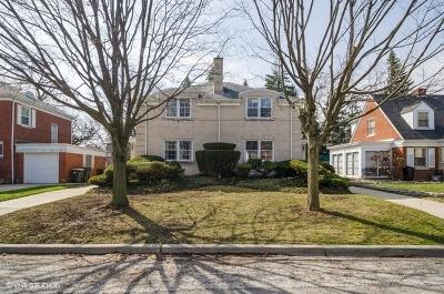 Lincolnwood Multi Family Home For Sale: 6824-26 North Kenton Avenue