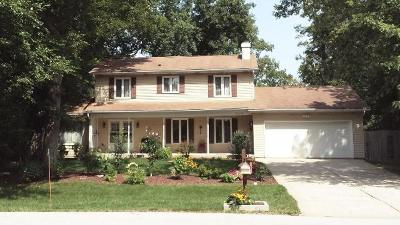 West Chicago  Single Family Home For Sale: 29w334 Helen Avenue