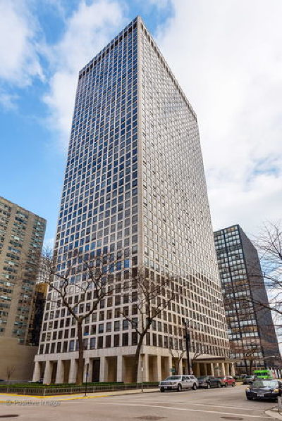 Streeterville, Gold Coast Galleria Condo/Townhouse For Sale: 260 East Chestnut Street #3106