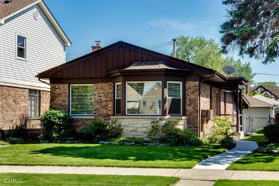 Edison Park Single Family Home For Sale: 7227 West Greenleaf Avenue