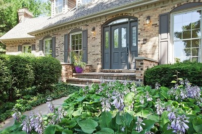 West Chicago Single Family Home For Sale: 651 Nor Oaks Court