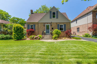 Elmhurst Single Family Home For Sale: 980 South Spring Road