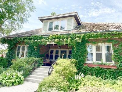 Morton Grove Single Family Home For Sale: 8510 School Street