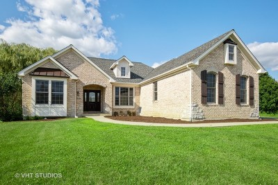 Hampshire Single Family Home New: 1440 Pheasant Trail
