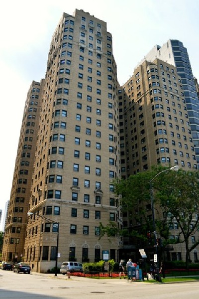 Gold Coast Rental For Rent: 1400 North Lake Shore Drive #9-O
