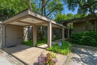 Lake Forest Single Family Home For Sale: 925 East Westminster