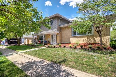 Oak Lawn Single Family Home For Sale: 10440 Lacrosse Avenue