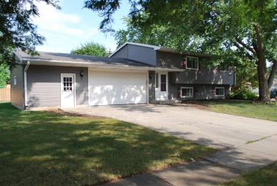 Crystal Lake Rental For Rent: 1019 Sutton Drive