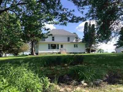 Ogle County Single Family Home For Sale: 3053 South Chamberlain Road