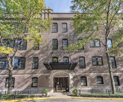 Condo/Townhouse New: 2355 North Commonwealth Avenue #1