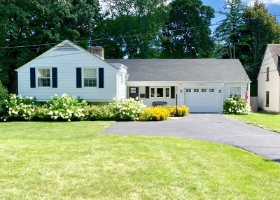 Lake Forest Single Family Home For Sale: 181 Wildwood Road