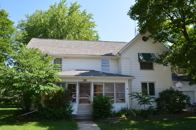 Marengo Single Family Home New: 606 East Prairie Street