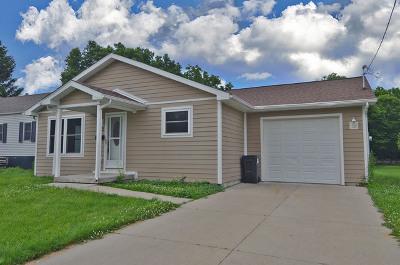 Ottawa IL Single Family Home New: $109,000