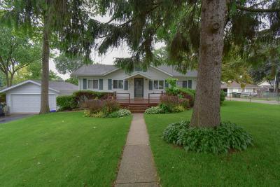 Ingleside IL Single Family Home New: $152,000