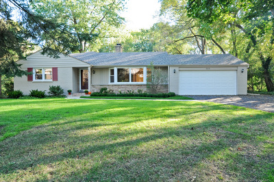 Northfield Single Family Home For Sale: 285 Meadowbrook Drive
