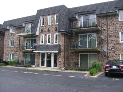 Oak Lawn Condo/Townhouse For Sale: 10810 Kilpatrick Avenue #3SW