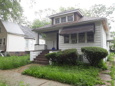 Chicago Single Family Home For Sale: 11219 South Wallace Street