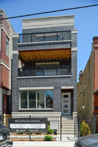 Condo/Townhouse For Sale: 3049 North Clybourn Avenue #2