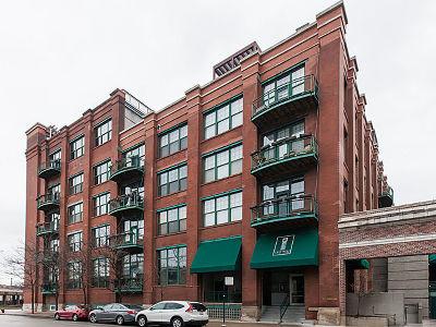 Condo/Townhouse For Sale: 1000 West Washington Boulevard #404