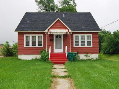 Coal City Single Family Home Contingent: 75 South De Witt Place