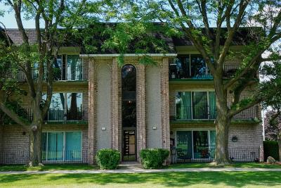 Oak Lawn Condo/Townhouse For Sale: 9200 South Pulaski Road #1W