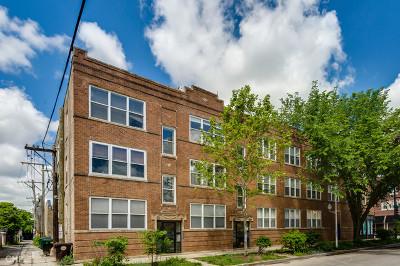 Condo/Townhouse For Sale: 4352 North Sacramento Avenue #3D