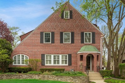 Hinsdale Single Family Home For Sale: 330 Radcliffe Way