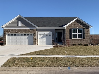 Minooka Single Family Home Price Change: 806 Windsong Court