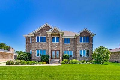 Norridge Single Family Home For Sale: 4851 North Crescent Avenue