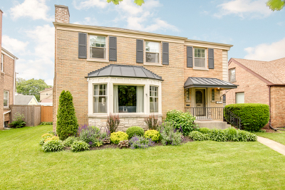 Elmwood Park Single Family Home For Sale: 1812 North 77th Avenue