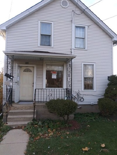 Aurora Multi Family Home New: 756 High Street