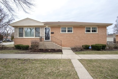 Morton Grove Single Family Home For Sale: 5519 Church Street