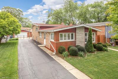 Oak Lawn Single Family Home For Sale: 10621 Lawler Avenue
