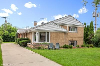 Lincolnwood Single Family Home For Sale: 4416 West Estes Avenue