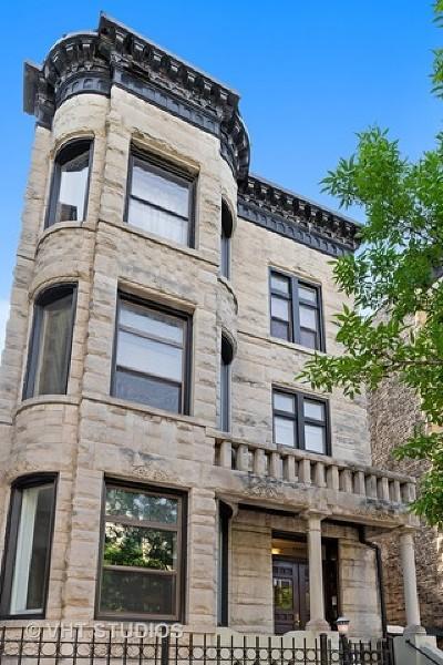 Condo/Townhouse For Sale: 4008 North Clarendon Avenue #1B