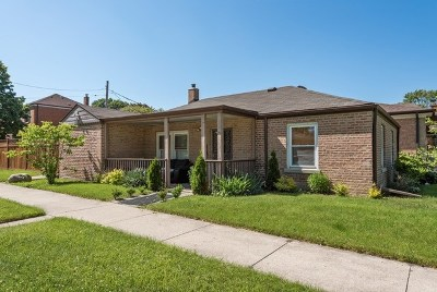 Niles Single Family Home For Sale: 7600 West Madison Street