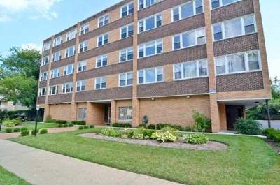 Evanston Condo/Townhouse For Sale: 720 Oakton Street #4E