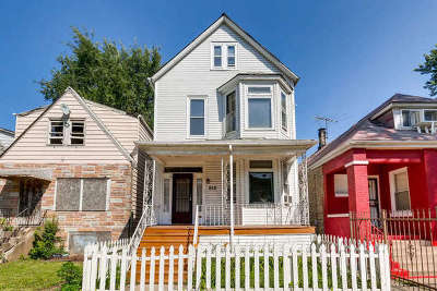 Chicago Multi Family Home New: 8431 South Escanaba Avenue