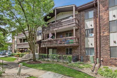 Crestwood Condo/Townhouse For Sale: 14011 James Drive #601