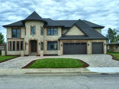 Norridge Single Family Home For Sale: 5175 North Monterey Avenue