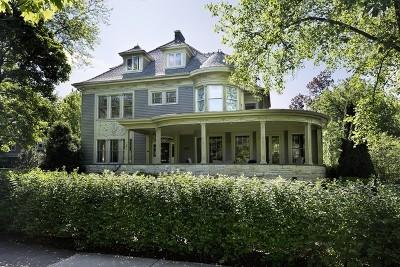 Kenilworth Single Family Home For Sale: 322 Kenilworth Avenue