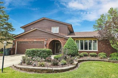 Oak Forest Single Family Home New: 15400 Orchard Lane