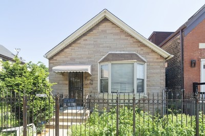 Single Family Home Contingent: 2642 West Grand Avenue