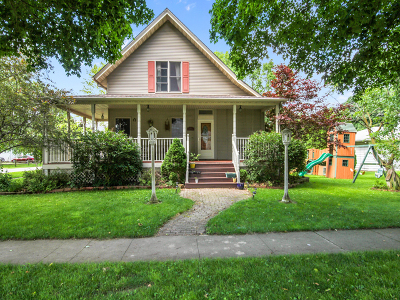 Single Family Home For Sale: 200 East Spencer Street